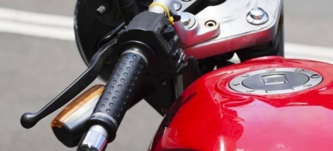 moto-con-intermitentes-1200x675